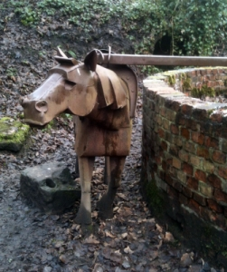 Gal Pit Pony Sculpture
